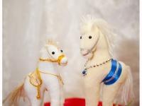 Сувенирные лошадки ручной работы
